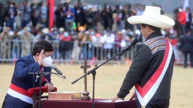 Guido Bellido jura como primer ministro de Perú