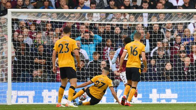 Romain Saiss scores v Aston Villa