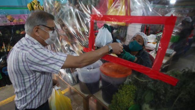 Mercado en Perú