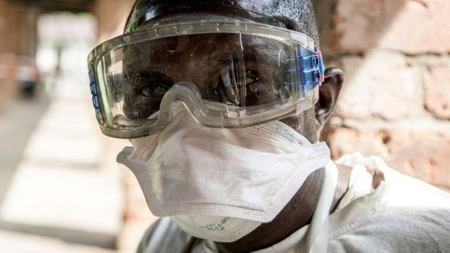 Jami'an kiwon lafiya a asibitin Biokoro na DR Congo
