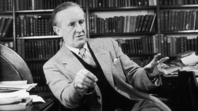 """The Fall of Gondolin"""": publican libro inédito de J.R.R. Tolkien, """"la  primera historia real"""" del mundo de """"El señor de los anillos"""" - BBC News  Mundo"""