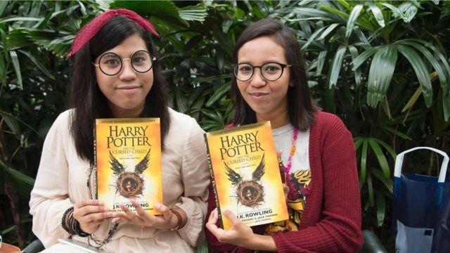 Фанаты Гарри Поттера не подвели писательницу