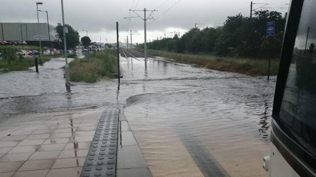Trams suspended amid Edinburgh flooding