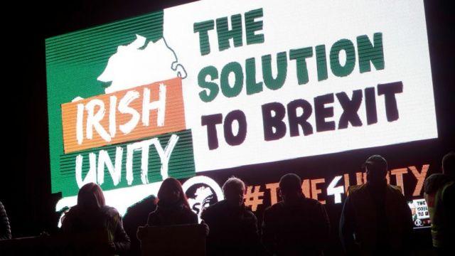 Pancarta sobre la unidad de Irlanda