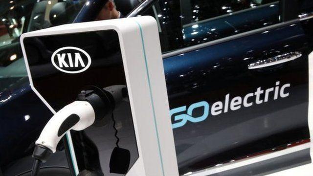 Вже за 10 років у Великій Британії не продаватимуться авто на бензинових і дизельних двигунах