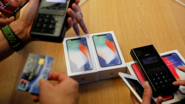 Apple and Qualcomm square off in US court