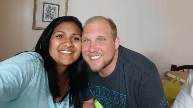 Thamara Caleño Candelo y Joshua Holt.