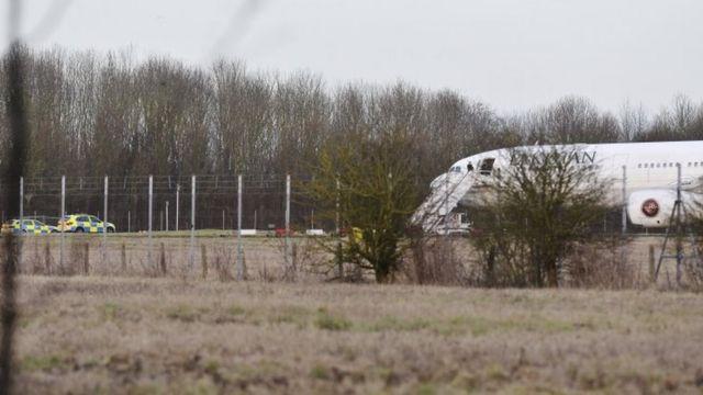 الطائرة هبطت بالقرب من مطار ستانستيد