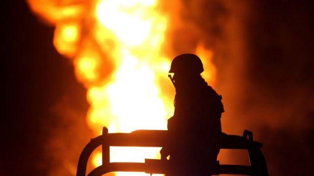 Incendio por robo de combustible en México.