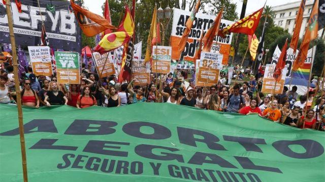 Protesta de mujeres en Argentina.