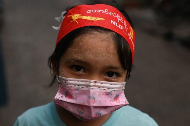 เด็กหญิงพม่า