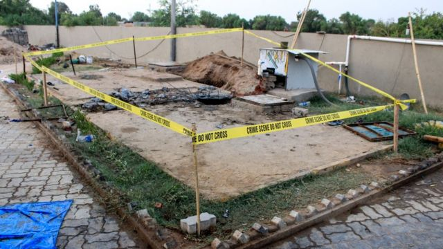 Seven die while cleaning hotel sewer in India's Gujarat