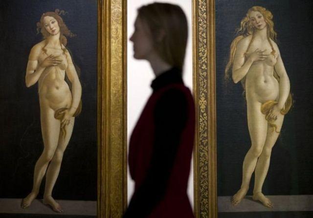 महिलाओं की कलाकृति