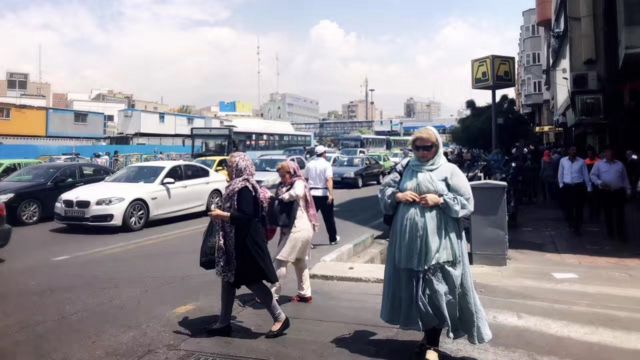 伊朗经济因美国制裁而陷入困境。