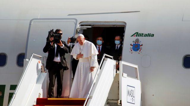 папа прощается в Багдаде