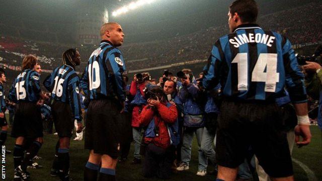 سیمئونه در ایتالیا با رونالدو همبازی بود؛ وقتی در لاتزیو زیر نظر اسون گوران اریکسون بازی میکرد