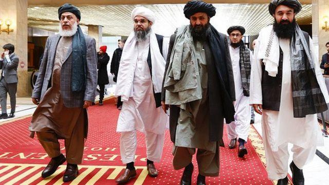 Katar'da Taliban'la Afgan hükümeti temsilcileri görüştü