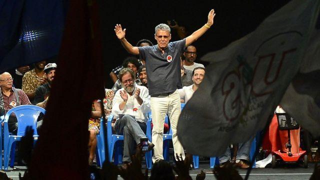 O cantor Chico Buarque no lançamento do Manifesto Cultura pela Democracia, com artistas e intelectuais contra o processo de impeachment da presidente Dilma, em 14/4/2016