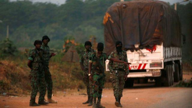 جنود في ساحل العاج