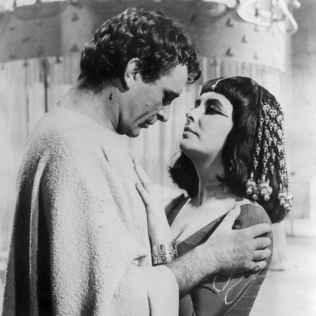 Elizabeth Taylor y Richard Burton en 1963