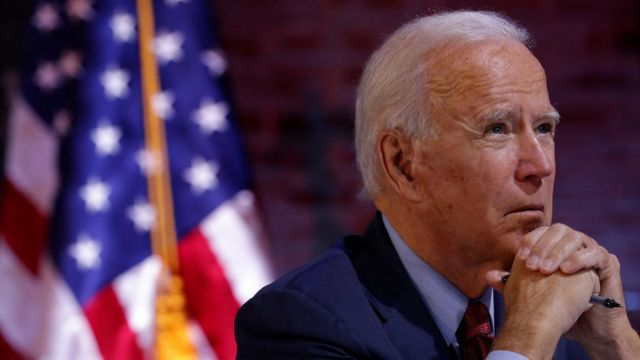 乔·拜登(Joe Biden)在特拉华州威尔明顿出席一场有关新冠病毒疫情的简报会(28/10/2020)