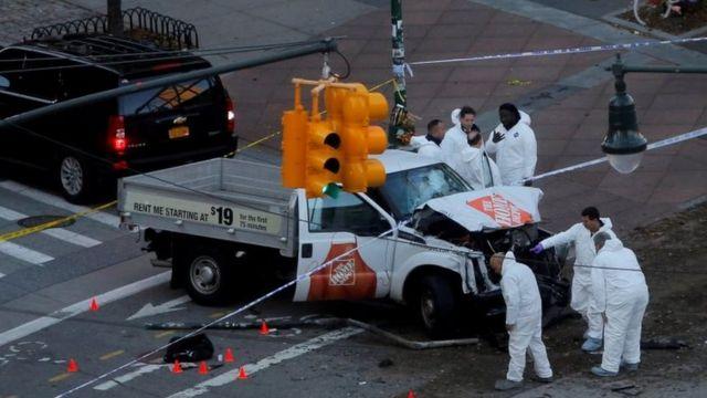 Caminhonete usada pelo autor do atentado em Manhattan