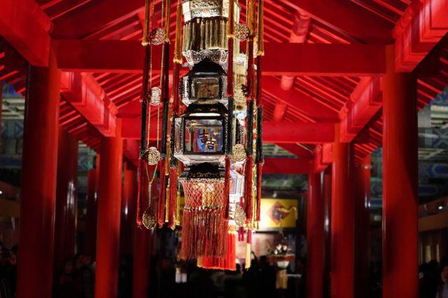 此次活动是故宫新年系列活动之一,部分宫殿再现了清代皇家过春节时的盛况。