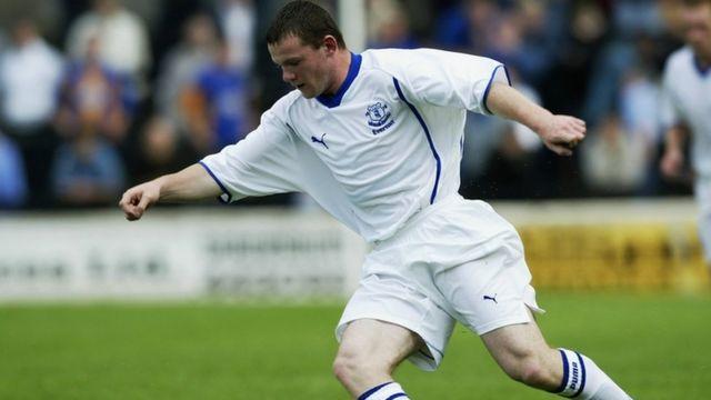 """En six compétitions majeures avec les """"Three Lions"""", Rooney n'a jamais dépassé les quarts de finale."""