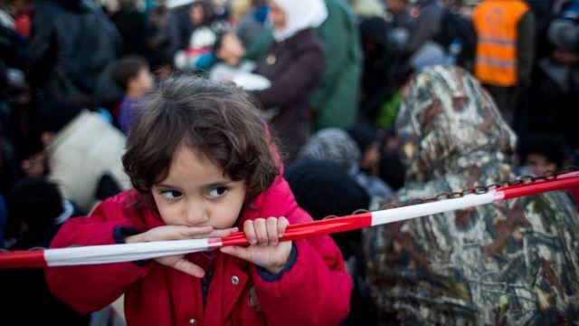 Menina refugiada na Áustria