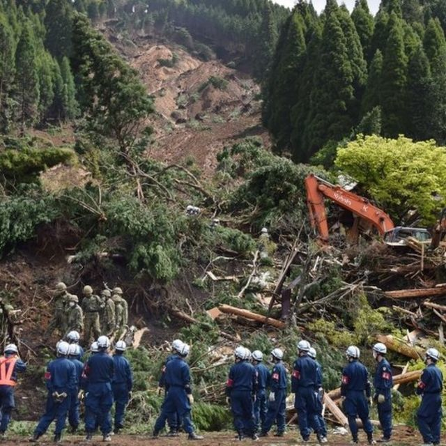 Japan earthquake: Thousands remain without vital services