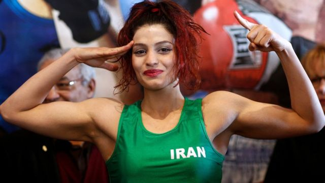 Iranian boxer Sadaf Khadem takes part in a weighing session in France (13 April 2019)