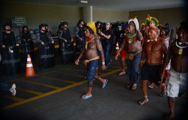 Protesto de líderes indígenas em Brasília