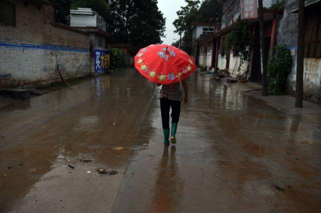 中国で「剰女(シェンヌ)」と呼ばれる独身女性の安全を心配する声が高まっている