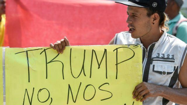 Manifestante venezolano a favor de Estados Unidos