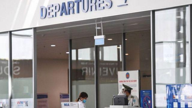Ngay cả chưa có dịch Covid-19, Pacific Airlines đã phải đối diện cạnh tranh mạnh từ hai hãng hàng không giá rẻ khác tại Việt Nam là VietJet và Bamboo Airways.