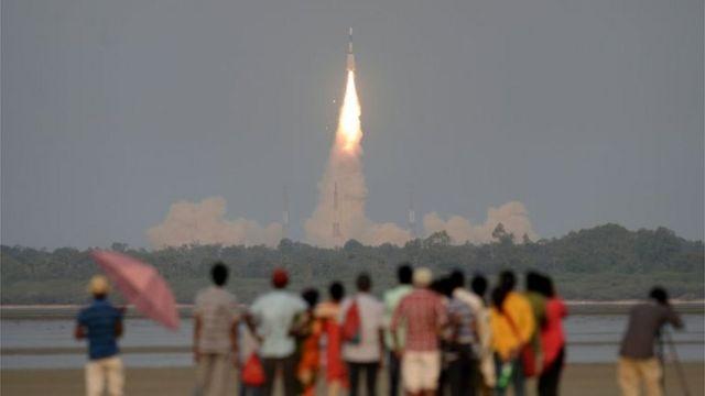 通信衛星「GSAT-6A」の打ち上げは成功したものの、連絡が取れなくなっている