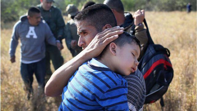 أطفال مهاجرون بمفردهم