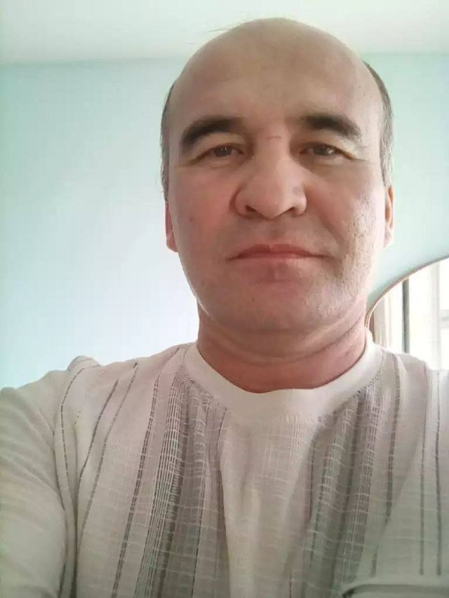 Жамшид Турдиевнинг уч фарзанди бор