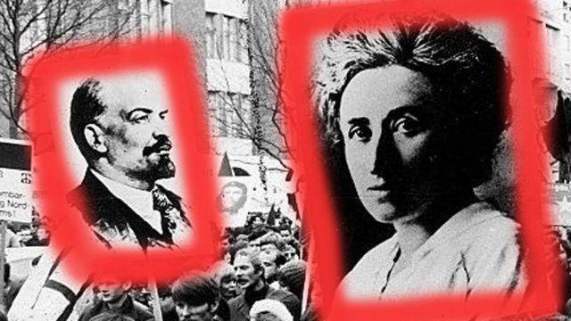 Carteles de Lenin y Rosa de Luxemburgo en manifestación