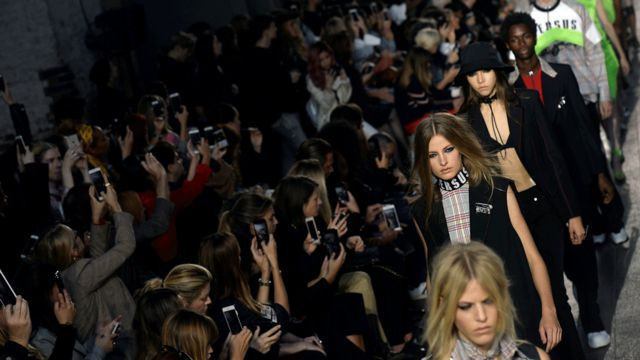 Линия Versus от модного дома Versace