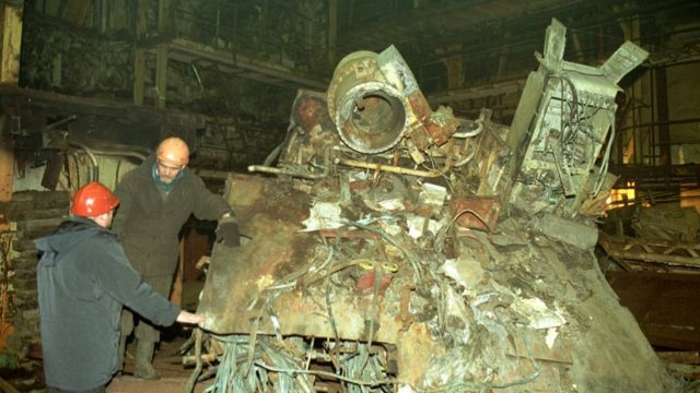 The Kursk wreck in 2002