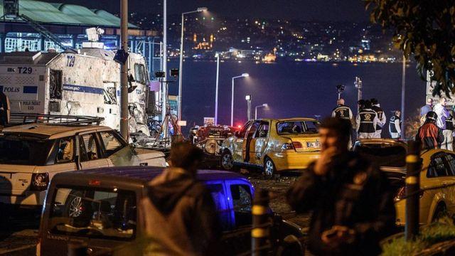 Beşiktaş Vodafone Arena yakınlarındaki saldırı sonrası bir görüntü