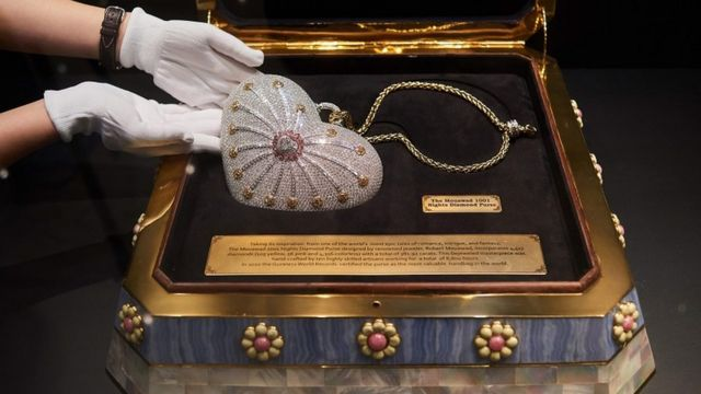 Mouawad 1001 Nights Diamond Purse: World most expensive handbag dey for  sale - BBC News Pidgin