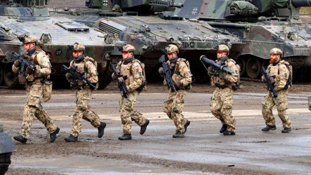 Por Qué Alemania La Gran Potencia Europea Tiene Un Ejército Cuyo Armamento Es Una Catástrofe Bbc News Mundo