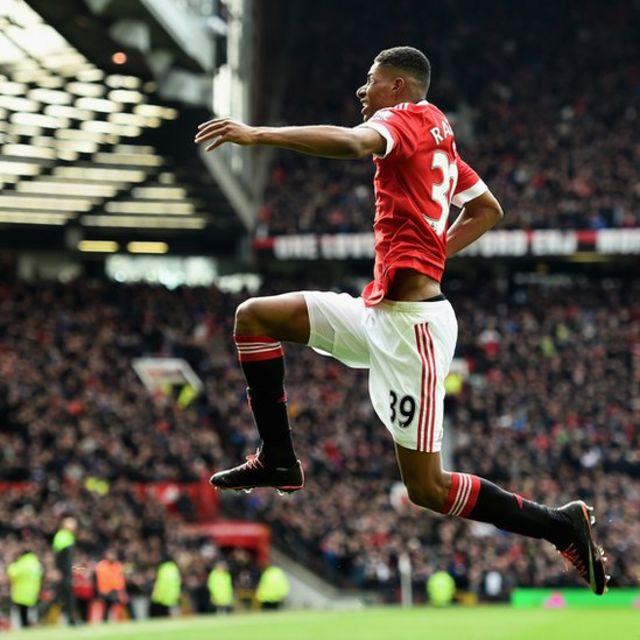 Rashford celebra uno de sus goles con el Manchester United.
