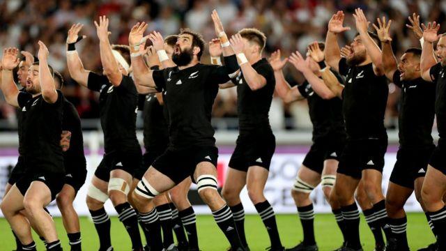 New Zealand team performing the haka