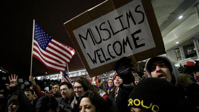 Plusieurs manifestations ont eu lieu contre le décret anti-réfugié de Donald Trump