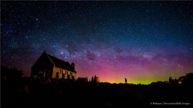 塔斯马尼亚岛和新西兰的晴朗天空是欣赏南极光的最佳地点。
