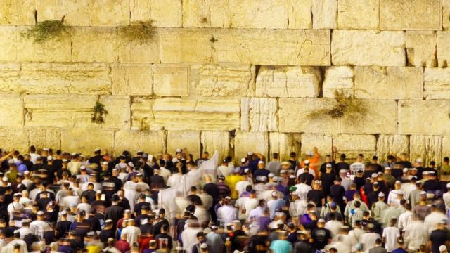 كانت إسرائيل أول دولة في العالم تمنح غالبية سكانها لقاحا مزدوجا