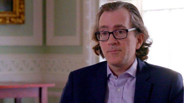 Tom Keatinge, diretor do Centro de Estudos sobre Crimes Financeiros e Segurança, criticou a PWC por atribuir à corrupção um 'verniz de respeitabilidade'